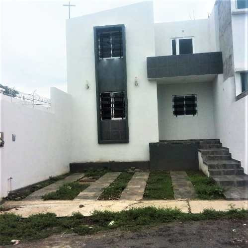 Casa Nueva En Venta En Villa De Álvarez, Colima