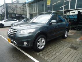 Hyundai Santa Fe 7 Puestos/ 2200cc 4x2 Diesel
