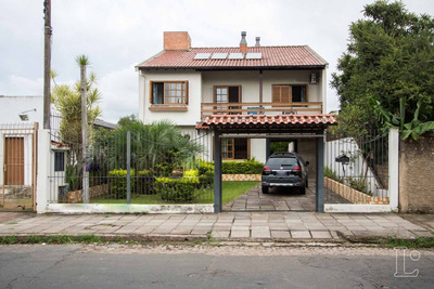 Casa Em Camaquã Com 4 Dormitórios - Lu273060
