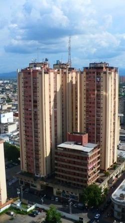 Apartamento En Venta. Venaragua. 04243094446