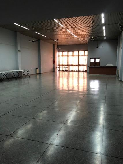 Vendemos Importante Propiedad Comercial En La Plata 2 Y 44