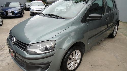 Volkswagen Fox Confortline 5 Ptas Nafta 1.6 2011