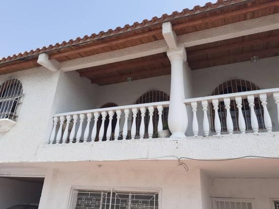 Alquiler En La Coromoto / Roxana Dugarte 04243339669