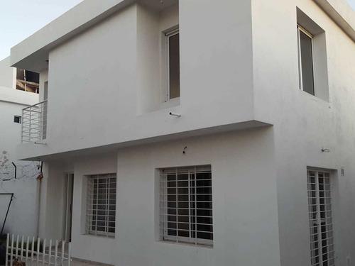 Duplex 3 Dorm Bº San Salvador Apto Banco