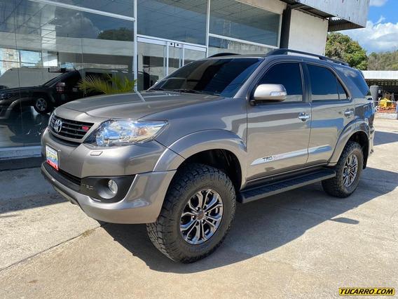 Toyota Fortuner Tro Sportivo 2019