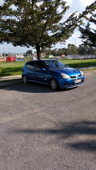 Renault Clio 2.0 Sport Mt 2004