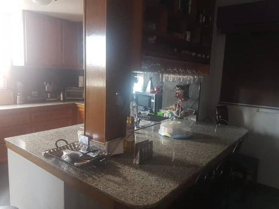 Apartamento En Venta En Centro Barquisimeto 20-1446 Nd