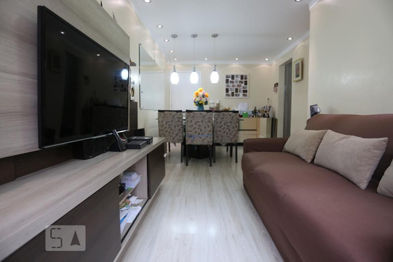Apartamento No 4º Andar Com 2 Dormitórios E 1 Garagem - Id: 892949876 - 249876