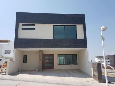 Hermosa Casa Nueva En Venta Con Roof Garden - Fracc. Lucépolis Milenio Iii Qro.