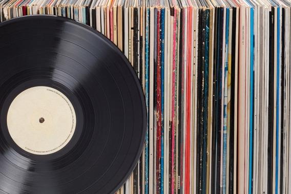 Lote Lp 40 Discos Variados Sem Lista Todos Funcionam