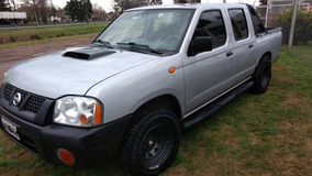 Nissan Np300 , Doble Cabina 4x2 Muy Buena