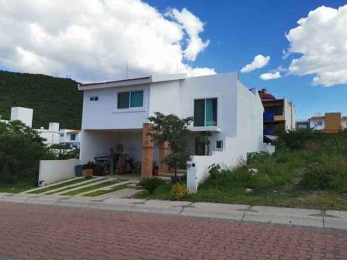 Bonita Casa Venta Fraccionamiento Privado Cumbres Del Cimatario