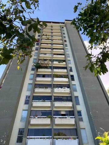 Apartamento En Venta En Lomas De Prados Del Este 19-20150