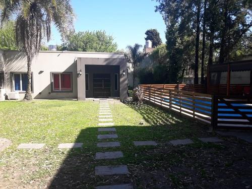 Imagen 1 de 18 de Casa A La Venta En Parque Leloir
