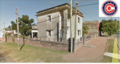 Lega Propiedades Vende Hermosa Residencia En Dos Plantas Con