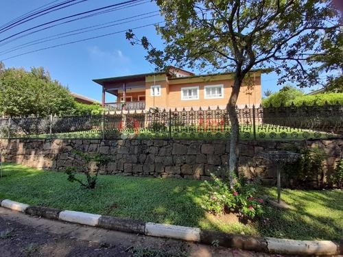 Linda Chácara Localizada Em Itatiba, Sp Com Terreno De 1.150 M², 499 M² De Área Construída, 12 Vagas. - 7040