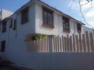 Casa Habitacion En Bahias De Huatulco, Excelente Ubicacion