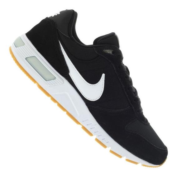 Tênis Nike Masculino Nightgazer - Preto E Branco