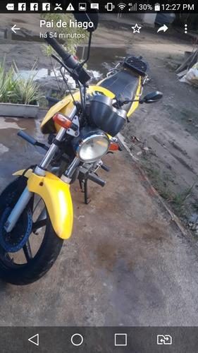 Imagem 1 de 4 de Moto Twister 2007