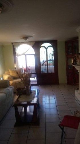 Casa A La Venta En Col. 3 Cruces
