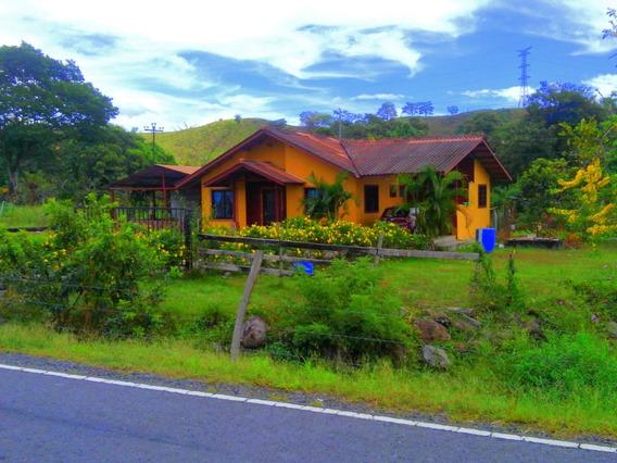 Cabaña En San Carlos David, Panamá