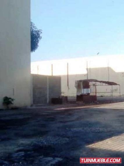 Terreno Parcela 2420 M2 Cercado Con Portón Mariño Céntrico