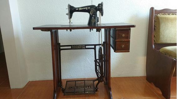 Maquina De Costura Antiga,mercury Funcionando.