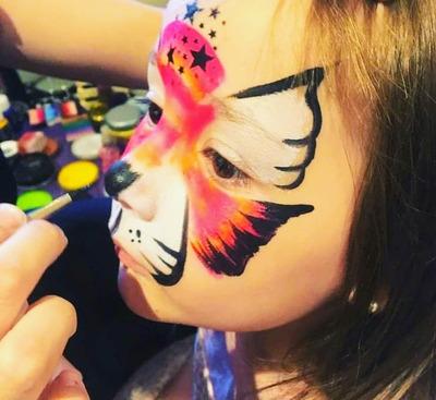 Servicio De Maquillaje Artístico, Spa De Nenas,talleres, Etc