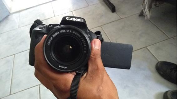 Camera Canon Eos Rebel T3i