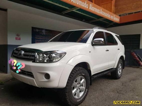 Toyota Fortuner Secuecial