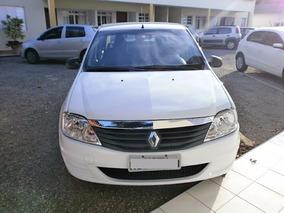 Renault Logan 2011 - Perfeito Estado