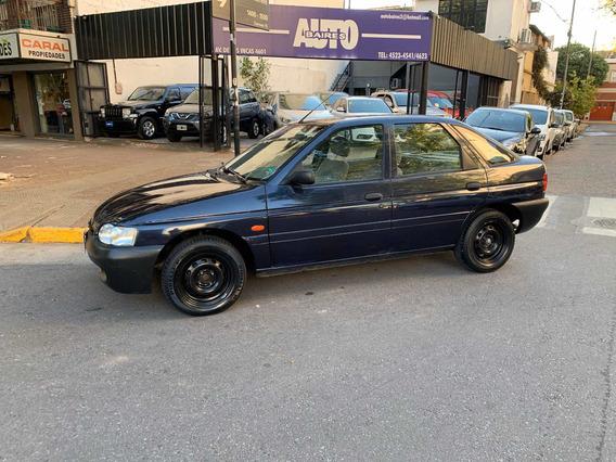 Ford Escort Lx 1.8 1999 Autobaires