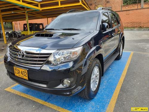 Toyota Fortuner 3.0 Sr5