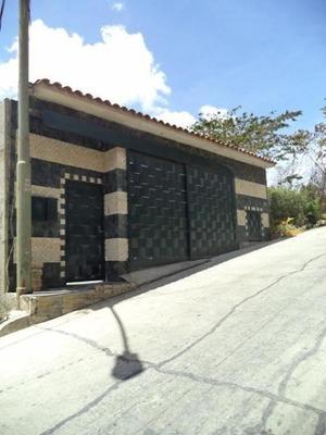 Casa En Venta Villa Nueva Hatillo Mls #20-33