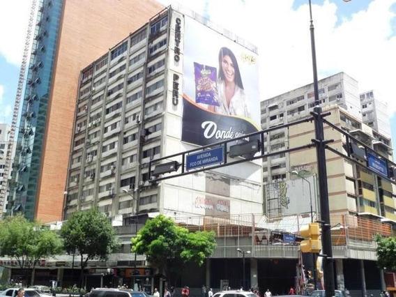 Se Alquila Oficina En El Centro Perú Chacao 19-17499