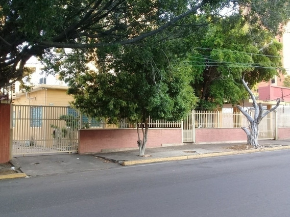 Casa Comercial Venta Las Mercedes Mcbo Api 28733 Lb