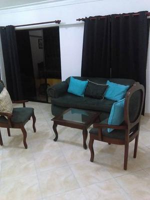 Apartamento Amueblado De 2 Habs, 2 Parqueos, Gascue