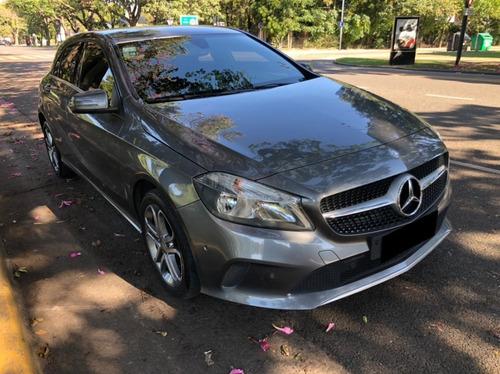 Mercedes Benz A200 Urban Service Oficiales