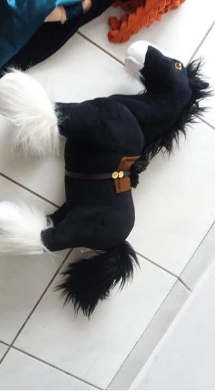 Cavalo Angus Pelúcia