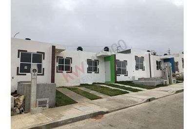Casas En Venta En Berriozabal. Frac. Jardines Del Pedregal