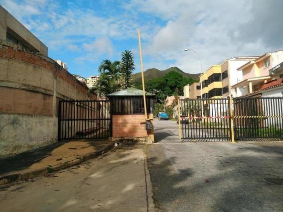 Julio Latouche 04242994256 Townhouse En Venta En El Parral 876 Jjl