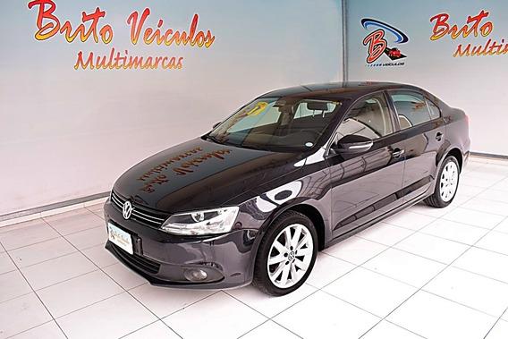 Volkswagen Jetta 2.0 Comfortline Flex 4p Tiptronic 2013