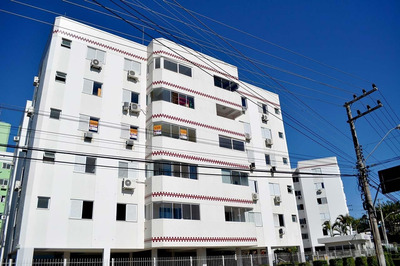 Apartamento De 3 Quartos No Córrego - 33153