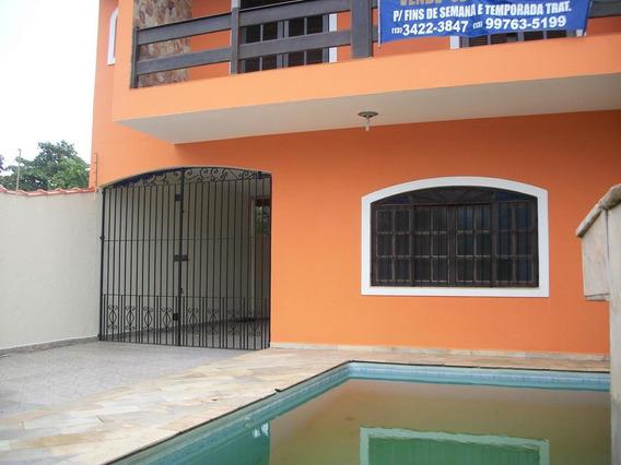 Casa Com Piscina, Á 100m Da Praia, 5 Minutos Do Centro