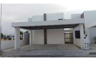 Hermosa Casa Nueva Ubicada En Conkal