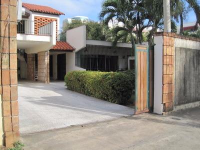Alquilo Casa En Piantini