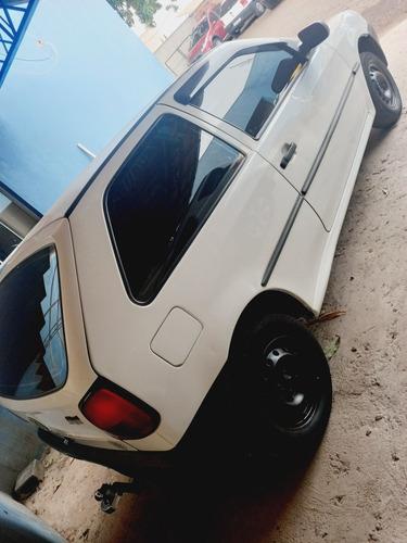 Imagem 1 de 4 de Volkswagen Gol 2001 1.0 Special 2p