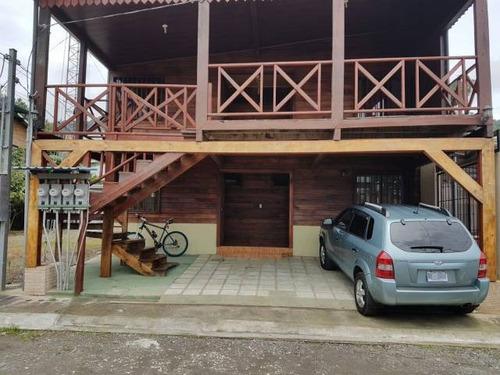 Imagen 1 de 8 de Alquiler De Apartamento En Segunda Planta.