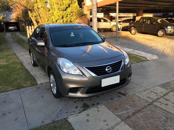 Nissan Versa 1.6 Advance 5vel Mt 2013