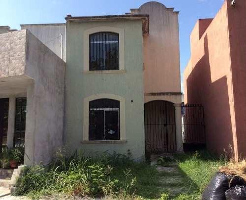 Casa En Venta En Fraccionamiento Ex Hacienda El Rosario